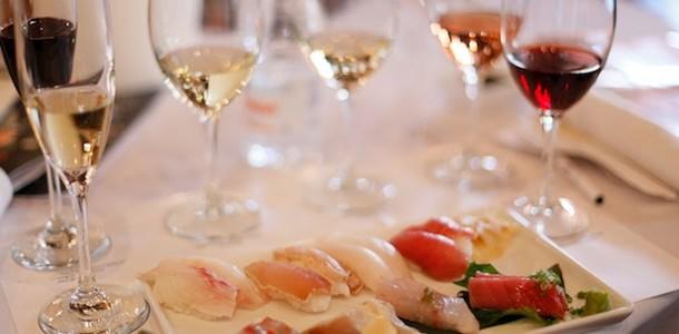 Bild zu Wein und Sushi